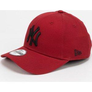 New Era 940K MLB Chyt League Esential NY vínová / černá