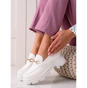 Pěkné  polobotky dámské bílé na plochém podpatku