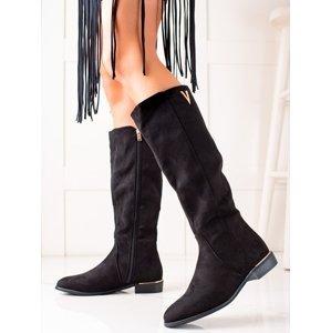 Výborné dámské  kozačky černé na plochém podpatku