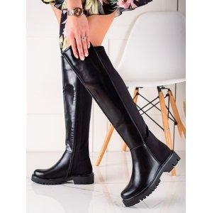 Komfortní  kozačky dámské černé na plochém podpatku