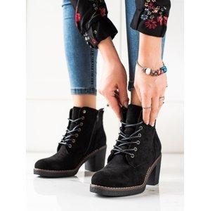 Exkluzívní dámské černé  kotníčkové boty na širokém podpatku