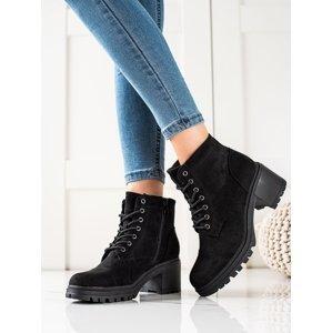 Výborné dámské  kotníčkové boty černé na širokém podpatku