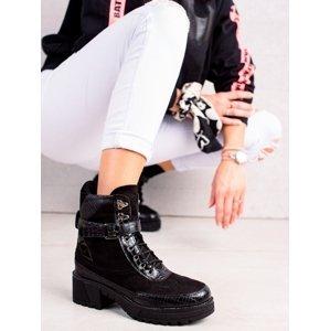 Designové  kotníčkové boty černé dámské na plochém podpatku